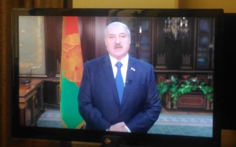 Александр Лукашенко пообещал уйти с президентского поста «когда надо»