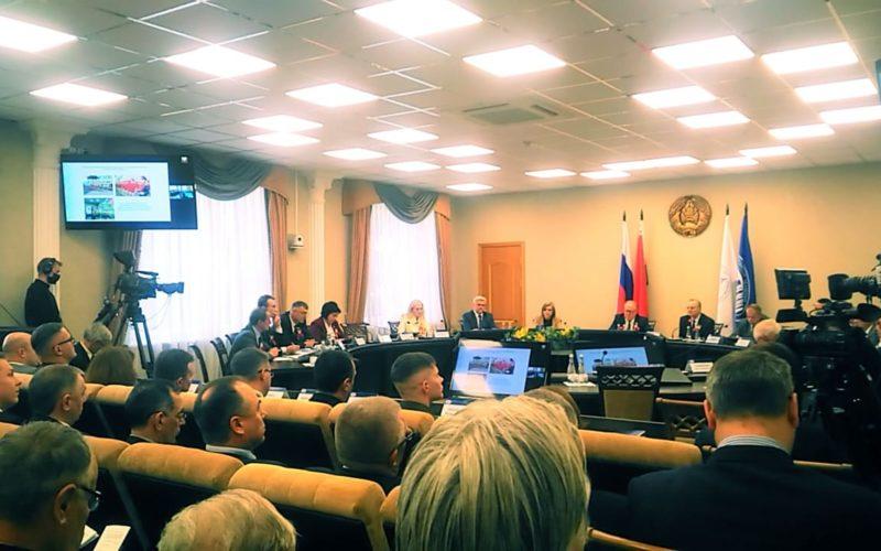Команда редакции «ПРО РЕГИОН» представила Смоленщину на «Форуме регионов Беларуси и России» в Минске