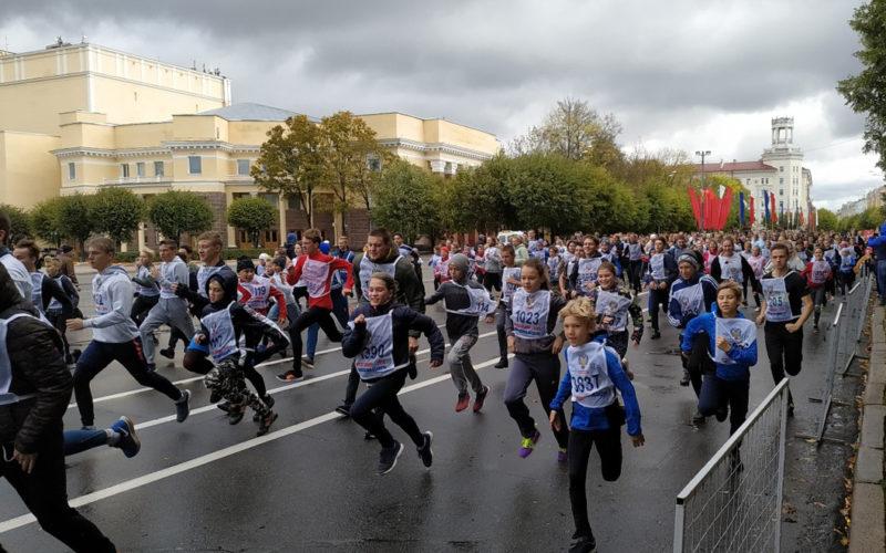Сотни смолян соберутся в центре города, чтобы пробежать «Кросс нации»