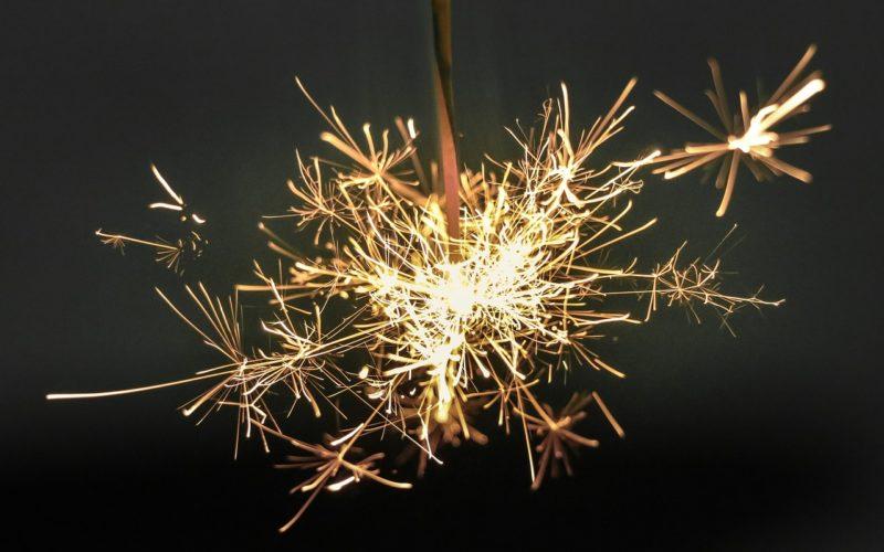 Минтруд предложил официально установить новогодние каникулы с 1 по 10 января
