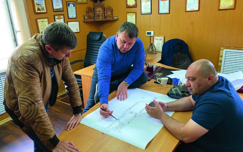 Руководители ООО «Корпорация «СтройИндустрия» рассказали о дорожно-ремонтных работах и своей работе