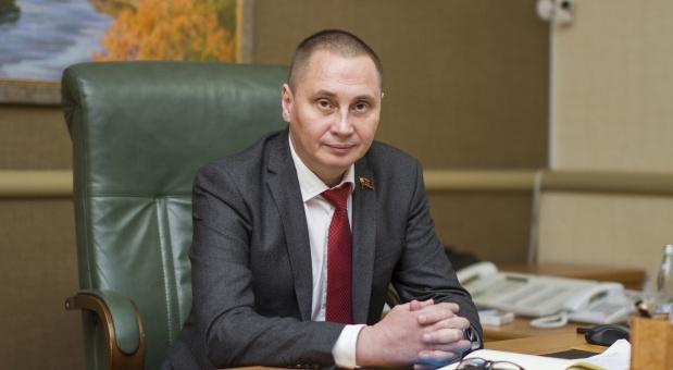 Глава города Смоленска Андрей Борисовпоздравляет с Новым годом