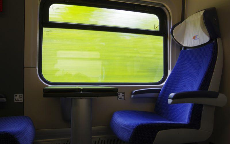 Смоленск вошел в топ-10 городов, куда поездом отправятся москвичи на февральских праздниках