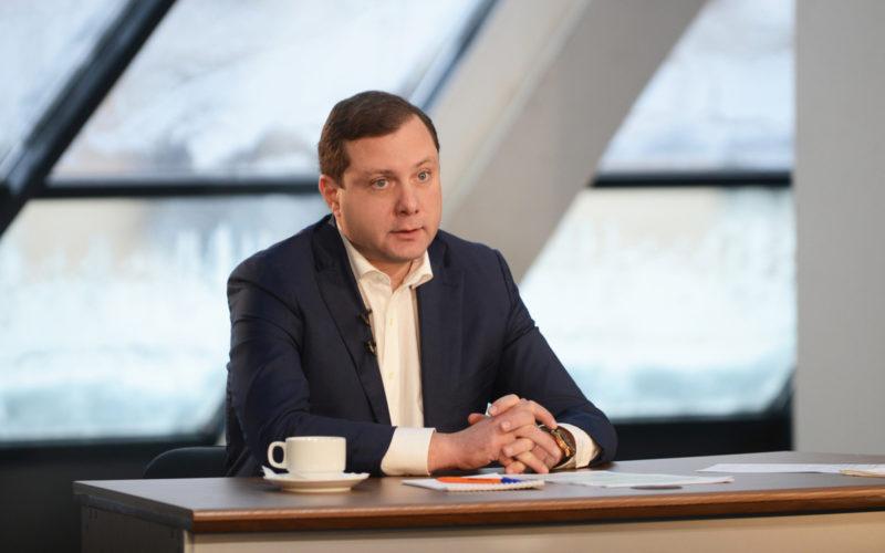 Алексей Островский поздравляет смолян с Днем работника культуры