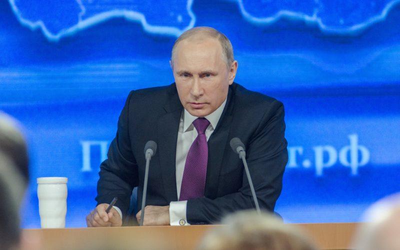 23 марта Владимир Путин привьется от коронавируса