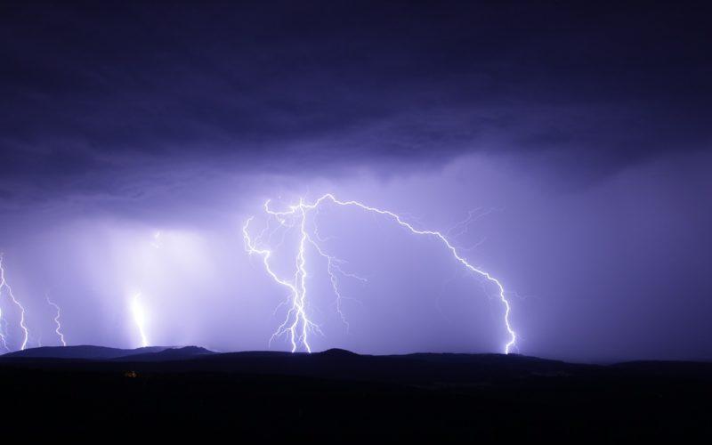 На Смоленщине объявили желтый уровень погодной опасности