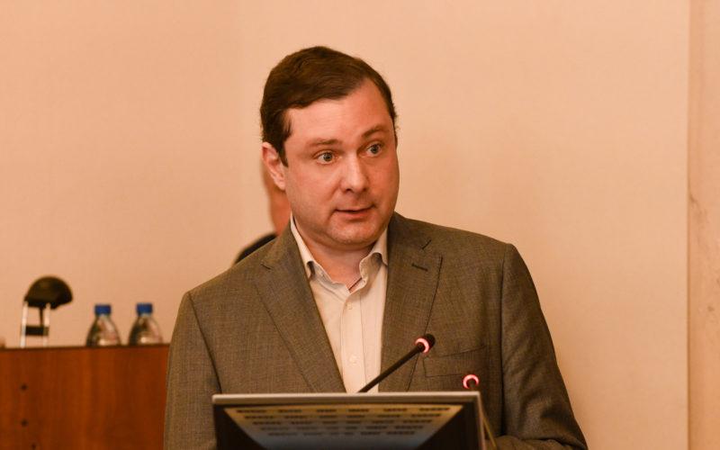 Глава Смоленщины выступил с ежегодным отчетом перед депутатами областной думы