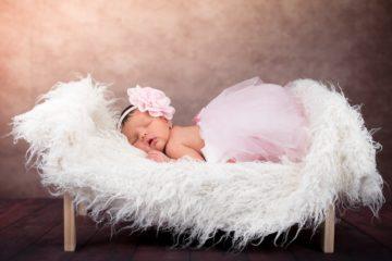 В Смоленске в апреле родились четыре двойни и одна тройня