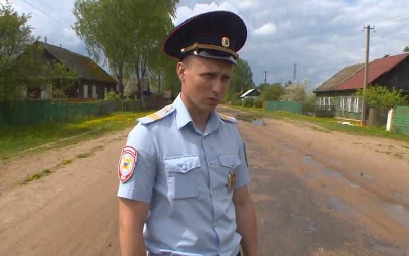 В Смоленской области полицейский спас жизнь человеку