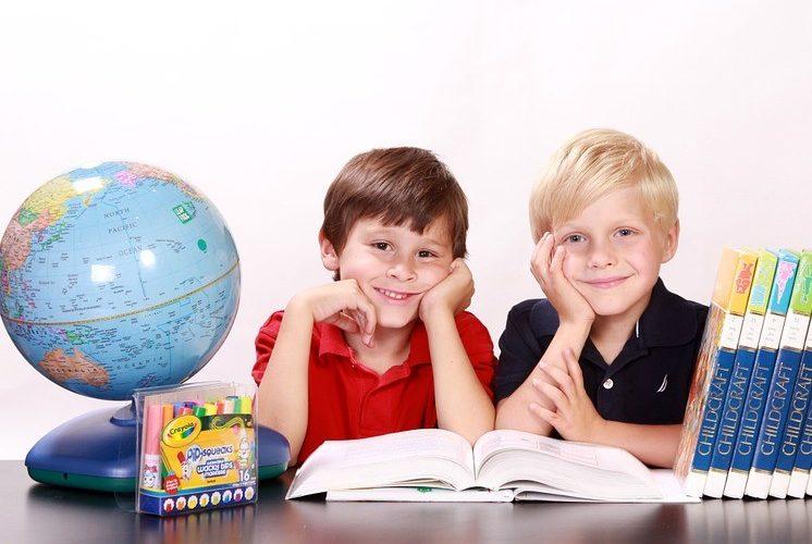 В прошлом году еще четыре смоленские школы внедрили электронные карты