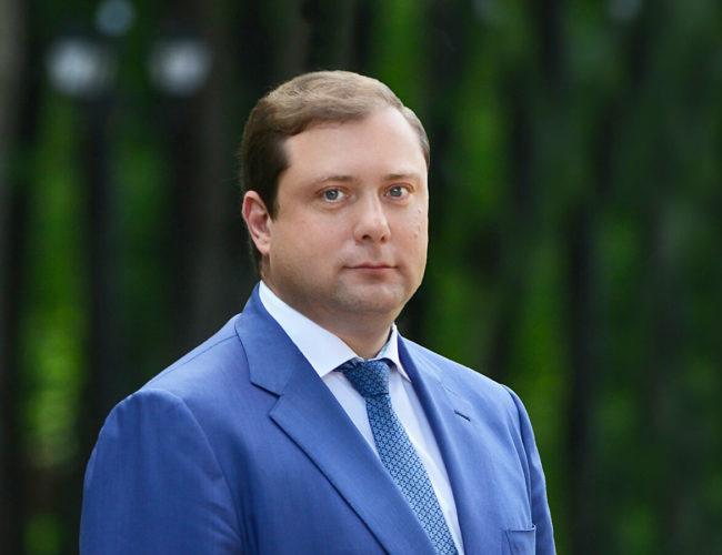 Алексей Островский поздравляет смоленских фермеров с профессиональным праздником