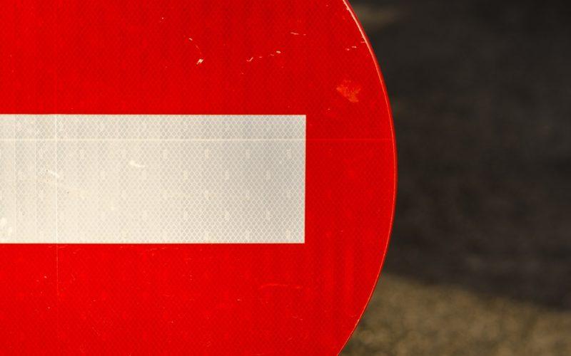 Ограничение движения на двух улицах в Смоленске продлили до 21 июня
