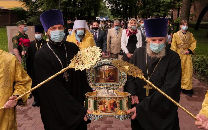 В Смоленск прибыли мощи святого князя Александра Невского