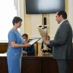 Губернатор Смоленской области вручил медицинским работникам профессиональные награды