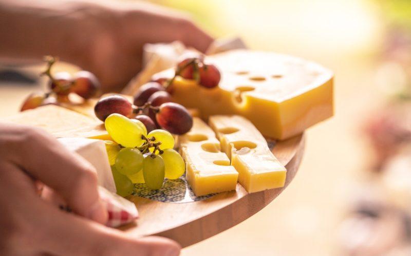 Экспертиза сыров в Смоленске выявила единственный качественный образец