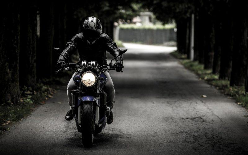 В Серебрянке под Смоленском в страшной аварии погиб мотоциклист