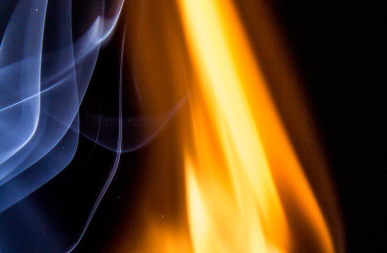В Колодне в Смоленске мужчина вынес своего брата из горящего дома