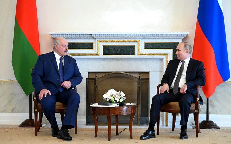 В Петербурге прошла встреча Владимира Путина и Александра Лукашенко