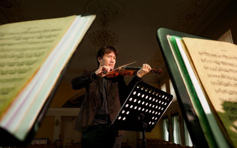 Чем Смоленск удивил нового дирижера Мадата Комиловича